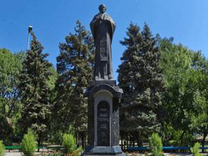 Памятник Святителю Николаю Чудотворцу в Ейске